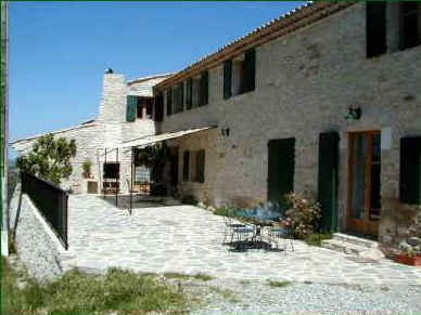 Chambres d'hotes Alpes de Haute Provence, Montfuron (04110 Alpes de Haute Provence)....