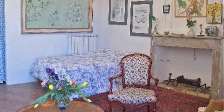Les Asphodeles Sarah's room