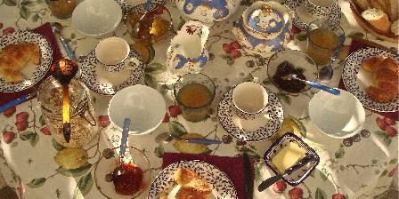 Les Asphodeles Petit-déjeuner terrasse