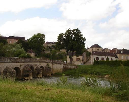 pont de Pacy13eme siècle