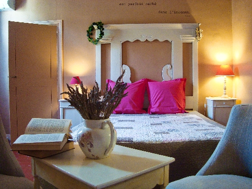 Au soleil marsillargues chambres d 39 h tes h rault chambre d for Chambre d hotes herault