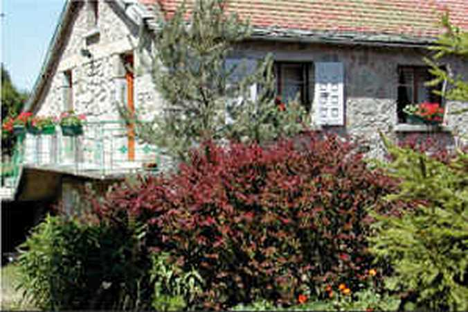 Chambres d 39 hotes haute loire bed and breakfast for Chambre d hote de charme haute loire