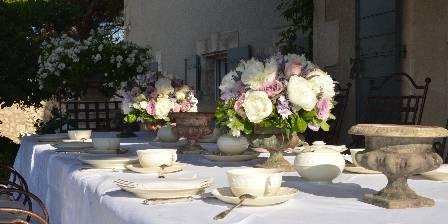 Le Balcon des Alpilles Table petits déjeuners