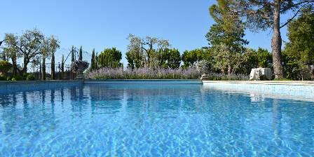 Le Balcon des Alpilles La piscine