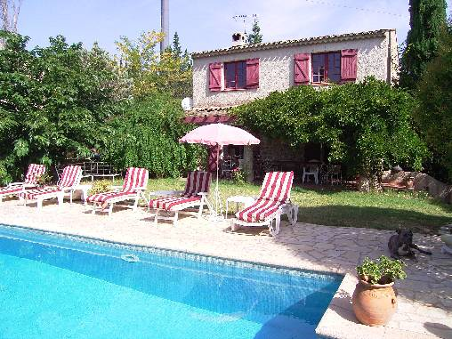 Bed & breakfasts Var, from 100 €/Nuit. House of character, Frejus (83600 Var), Charm, Swimming Pool, Net, WiFi, Parking, 3 Double Bedroom(s), 8 Maximum People, Lounge, Library, Chimeney, Computer, Weddings, Seminars, ...