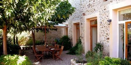 Biens au Soleil Terrace and garden