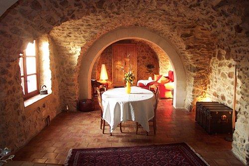 Chambres d'hotes Gard, La Capelle et Masmolène (30700 Gard)....