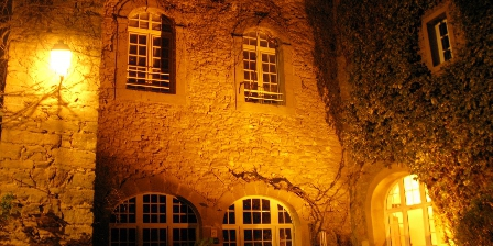 Bastide les Aliberts Aliberts by night