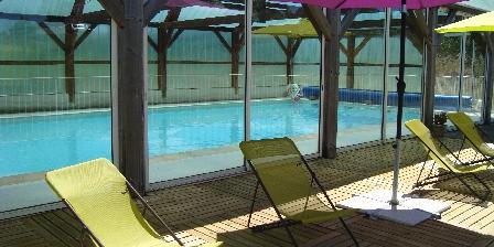Chalets du Lac des Estives La piscine couverte et chauffée