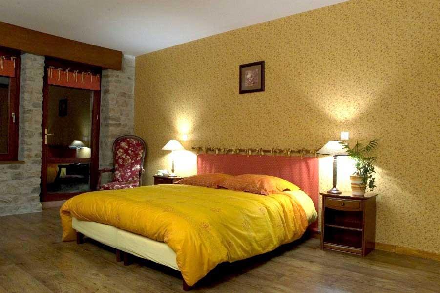 Chambres d 39 hotes loire chambre d 39 h te du plateau de la danse for Chambre hote 06