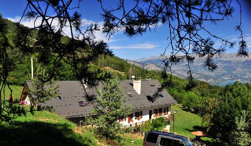 Bed & breakfasts Alpes de Haute Provence, from 62 €/Nuit. House/Villa, La Bréole (04340 Alpes de Haute Provence), Charm, Guest Table, Garden, Park, WiFi, Baby Kits, Parking, 5 Double Bedroom(s), 1 Childrens Bedrooms, 14 Maximum People, L...