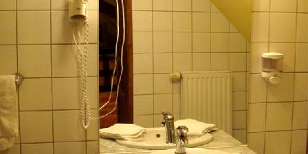 Chambres Wolff Une salle de bain en chambres d'hôtes b&b à Kintzheim