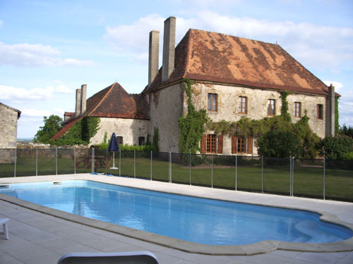 Bed & breakfasts Creuse, from 68 €/Nuit. House/Villa, Lussat (23170 Creuse), Charm, Guest Table, Swimming Pool, Garden, Park, 5 Double Bedroom(s), 14 Maximum People, Lounge, Library, Clévacances, Play Club, Country View,...