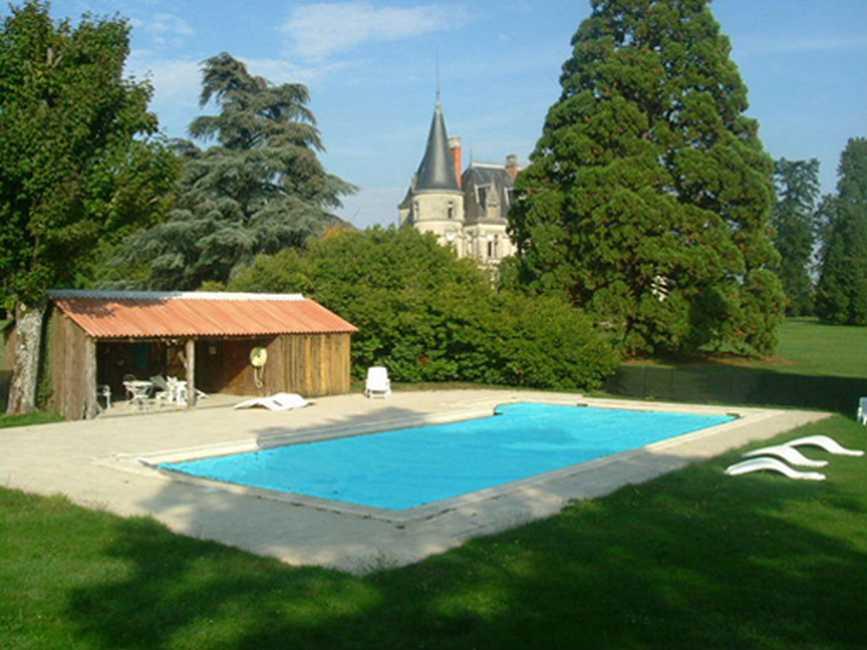 Chambre d'hote Indre - Vous prélasser au bord de la piscine...