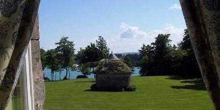 Château du Val d'Arguenon Chambre avec vue sur le parc et sur la mer