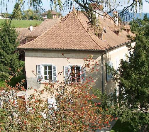 Bed & breakfasts Isère, from 65 €/Nuit. House of character, Corbelin (38630 Isère), Charm, Guest Table, Garden, Park, Net, WiFi, Parking, 1 Double Bedroom(s), 1 Suite(s), 12 Maximum People, Lounge, Library, Chimeney, 3 ...