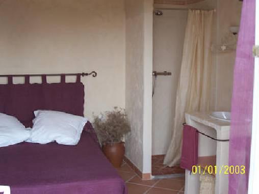 bed & breakfast Bouches du Rhône - blue bedroom