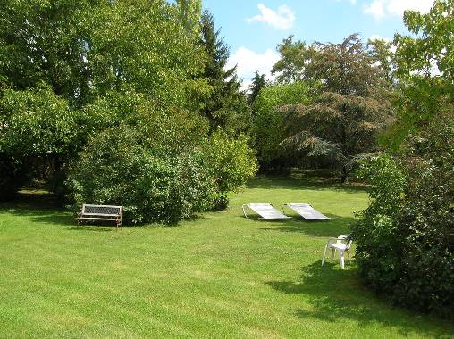bed & breakfast Loiret - A park's view