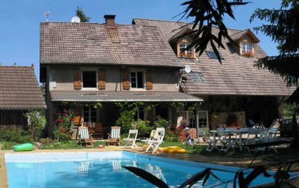 Bed & breakfasts Territoire de Belfort, from 52 €/Nuit. House of character, Bourogne (90140 Territoire de Belfort), Charm, Guest Table, Swimming Pool, Sauna, Garden, Net, WiFi, Baby Kits, Parking, 5 Double Bedroom(s), 11 Maximum People...