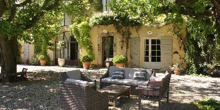 Bed and breakfast Coté Provence > The Mas entrance