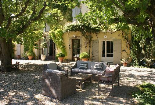 bed & breakfast Vaucluse - The Mas entrance