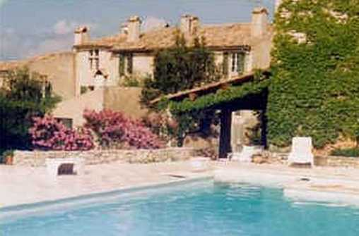 Bed & breakfasts Var, from 85 €/Nuit. House/Villa, House of character, Varages (83670 Var), Charm, Swimming Pool, Garden, Net, WiFi, T.V., Baby Kits, 1 Single Bed(s), 1 Double Bedroom(s), 1 Suite(s), 6 p Maximum Peopl...