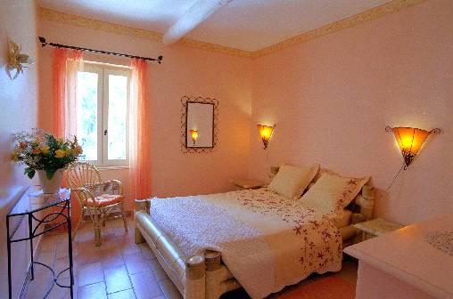 Chambre d'hote Vaucluse - chambre amelie