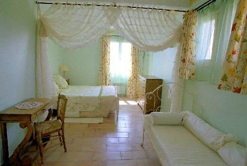 Chambre d'hote Vaucluse - chambre magali