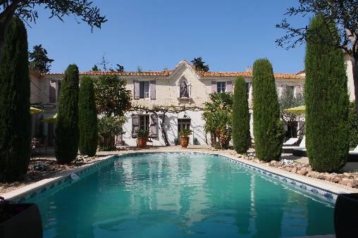 Chambres d'hotes Gard, à partir de 135 €/Nuit. Saint Gilles (30800 Gard)....