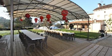 Gite Domaine de La Rebière > piscine totalement privée