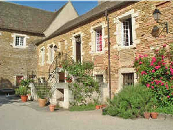 Bed & breakfasts Saône-et-Loire, House of character, Saint Désert (71390 Saône-et-Loire), Charm, Guest Table, Park, Net, WiFi, Air-Conditioning, 5 Double Bedroom(s), 15 Maximum People, Lounge, Library, Snooker, Chimeney, Kids Games, ...