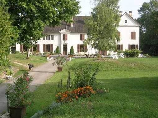Bed & breakfasts Haute-Marne, from 39 €/Nuit. House of character, Arc en Barrois (52210 Haute-Marne), Garden, Park, WiFi, T.V., Baby Kits, Parking, 3 Double Bedroom(s), 1 Suite(s), Kids Games, horseriding, Cycle, Country View...