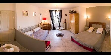 Chambre d'hotes Domaine Saint Dominique > Chambre rouge