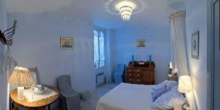 Chambre d'hotes Domaine Saint Dominique > Chambre bleue onde
