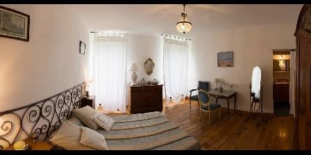 Chambre d'hotes Domaine Saint Dominique > Chambre bleue