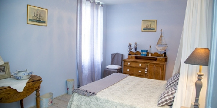 Chambre d'hotes Domaine Saint Dominique > Chambre Bleu onde