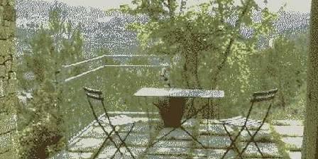 Chambre d'hotes L'Escou > La terrasse du studio