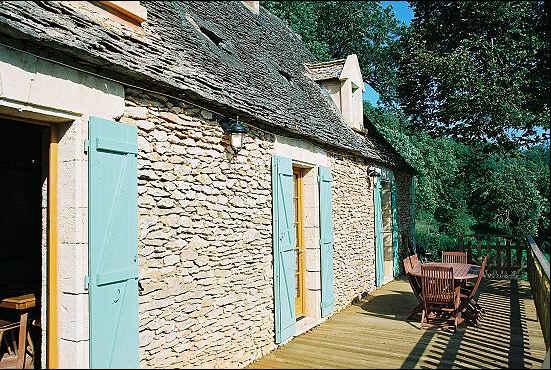 Chambres d'hotes Dordogne, à partir de 60 €/Nuit. Meyrals (24220 Dordogne), Fleurs De Soleil....