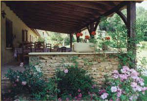 Chambres d'hotes Dordogne, Saint Laurent la Vallée (24170 Dordogne), 4 étoiles, Fleurs De Soleil....