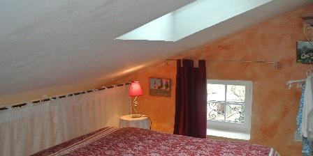 Ferme la lucarne chateauneuf miravail chambres d 39 h tes alpes de haute provence chambre accueil - Prevision meteo salon de provence ...