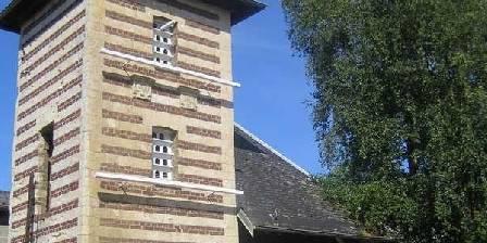 Le Clos Xavianne A côté le clocher