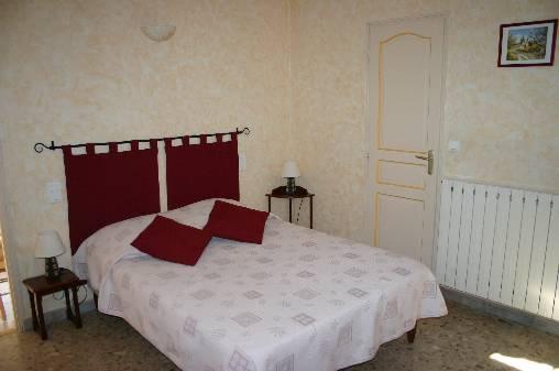 Chambre d 39 hote le figuier chambre d 39 hote vaucluse 84 for Chambre hote vaucluse
