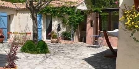 Villa des Fleurs Le patio