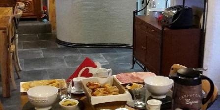 Chambre d'hotes Ile ô des Capucins > La salle à manger > Cliquez ici pour agrandir cette photo