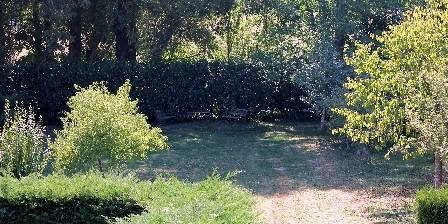 Gîte du Tau Le jardin (0,3 ha)