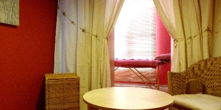 Chambre d'hotes Gîte du Tau > Salon de massage-bien-être