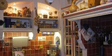 Chambre d'hotes [Hippône] > La cuisine mon lieu de prédilection ,havre de paix > Cliquez ici pour agrandir cette photo