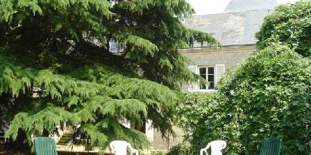 Bed and breakfast Gite de Moronville > Jardin des chambres d'htes > Click here to enlarge photo