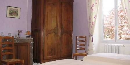 Bed and breakfast Gite de Moronville > Chambre Orchide > Click here to enlarge photo