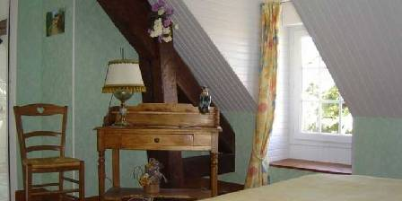 Bed and breakfast Gite de Moronville > Chambre Tilleul > Click here to enlarge photo